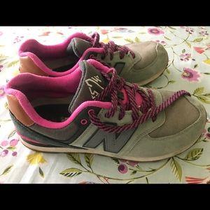 New balance women's 6.5 574 shoes gray pink